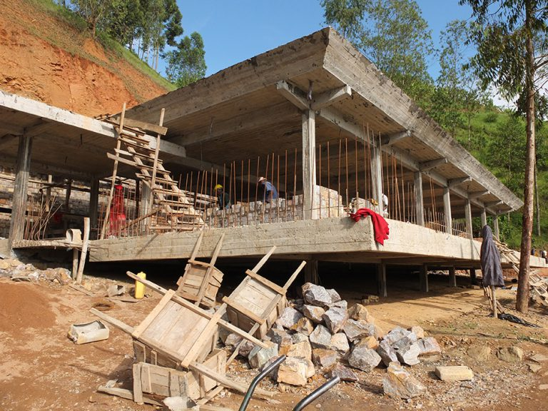 32. Nile house - picture construction